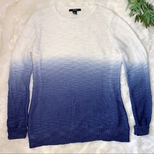 Forever 21   NWOT Blue and White Ombré Sweater